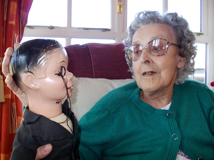 Photo of a senior with manikin